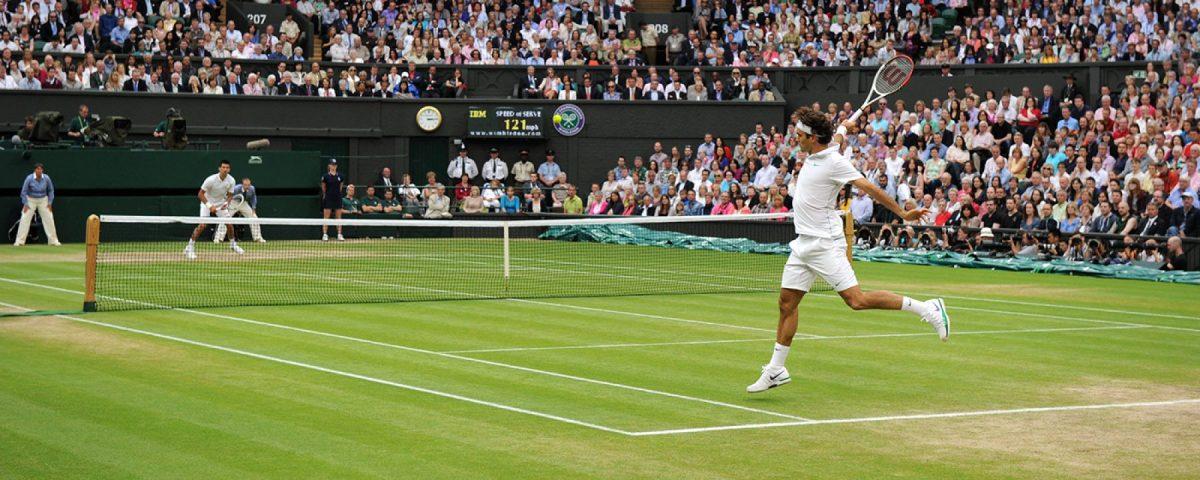 Perché a Wimbledon ci si deve vestire completamente di bianco?